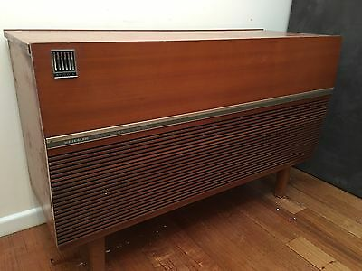 Vintage Kriesler Multi Sonic Stereo Gramophone Record Radio / Side Table Buffet