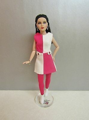"""Tonner 10"""" Tiny Kitty VALENTINE Doll with BW Body in RED VELVET CASCADE Outfit"""