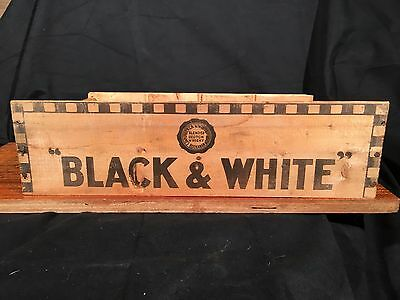 Vintage BLACK & WHITE SCOTCH WHISKY Crate FOLK ART SHOT GLASS SHELF  Buchanan