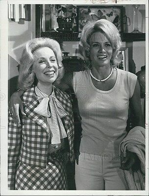 1975 Press Photo Police Woman Series Angie Dickinson Guest Star Joyce Brothers