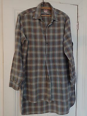 VINTAGE FRENCH  SHIRT CHORE WORK WEAR  CHECKED COTTON LONG TAIL SHIRT c1950s