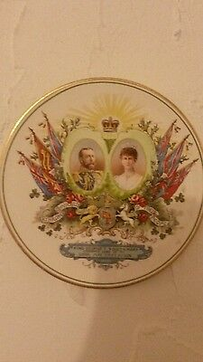 Royal Wintonia coronation.  king George V and Queen Mary  plaque. Coronation.
