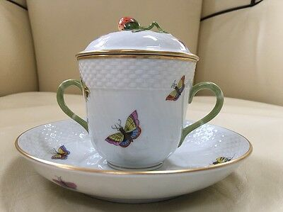 Herend Bird Rothschild Soup Bouillon Lidded Bowl and Under plate 1725 ( Lot 13 )