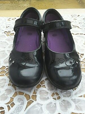 Clarks Girls Black Patent Shoes Size 12 1/2 Used Condition