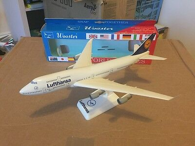 Lufthansa Boeing 747-400 Aircraft Model 1:250 Scale Wooster RARE