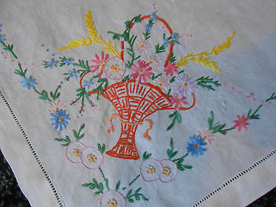 Beautiful Vintage Linen Hand Embroidered Traycloth