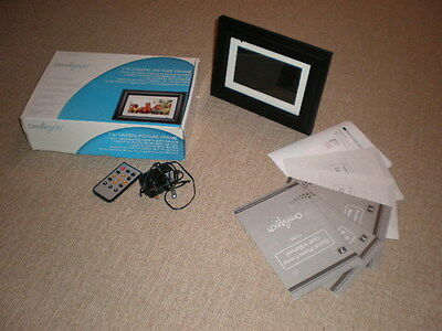 Omnitech 7 inch digital picture frame (boxed)