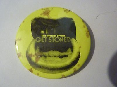 """"""" GET STONED """" ROLLING STONES Vintage 1970's - 1980's Button / Badge 2 ¼"""