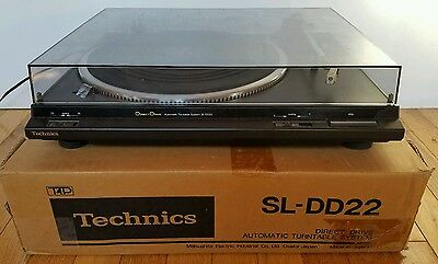 Vintage Technics SL-DD22 Direct Drive Turntable Tested & Good Condition w/Box