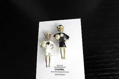 NEW Set of 2 CHANEL COCO BROOCH PIN 1WHITE + 1BLACK VIP GIFT !!!!........