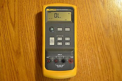 USED Fluke 712 RTD Calibrator