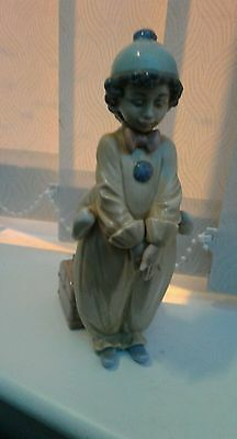 Lladro figurine of a girl