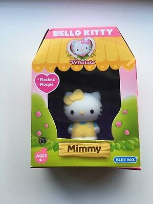 Hello Kitty Flocked Figure - Mummy