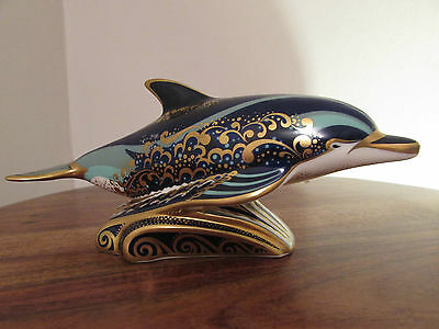ROYAL CROWN DERBY - BOXED PAPERWEIGHTt - BOTTLENOSE DOLPHIN - GOLD STOPPER