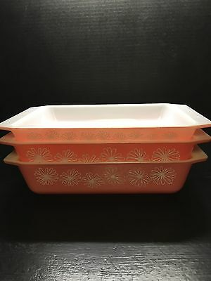 3 Vintage Pyrex Flamingo Pink casserole dishes Two 2qt and One 1 1/4 qt No Chips