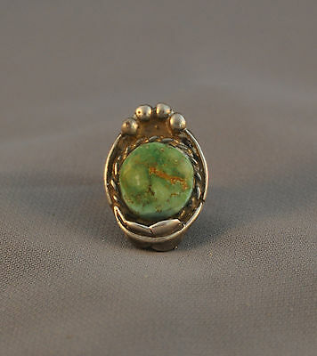 Vintage Navajo Silver Ring - Light Green Turquoise Stone - Size 5 1/2
