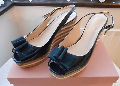 Ladies Alberto Zago Navy Wedge Sandal Size 6 (39)