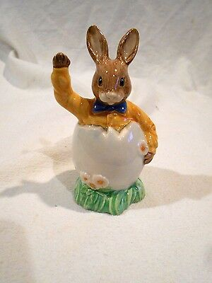 Royal Doulton  Easter Greetings D149 Corp 1994
