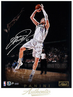 """DIRK NOWITZKI Autographed """"Trademark"""" 24x32 Stretched Canvas PANINI LE 41"""