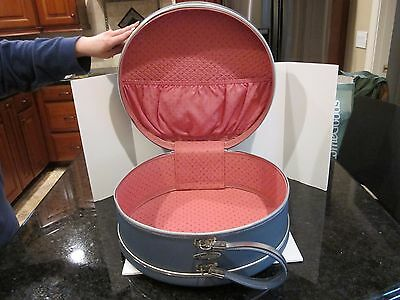 Vtg Maximillian Round Luggage Hat Train Case Hard Shell Blue With Pink Interior