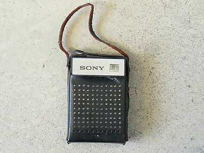 Sony 7 Transistor radio - excellent condition, sold by collector! $1 no reserve!