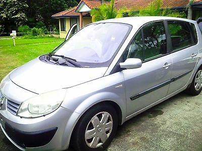 02 Renault Scenic in Silver, original key lost