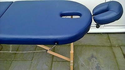 Therapy table portable 17.4kg  lightweight & bag & cover, adjustable legs