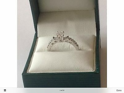 18ct W/GOLD 5MM CENTRE DIAMOND ENGAGEMENT RING -SIZE M