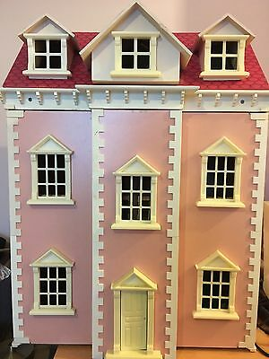 Georgian Style dolls house In Pink