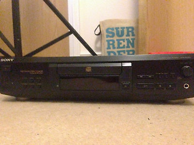 Sony CDP-XE530 Digital CD Player with Optical Output (HiFi Separates)