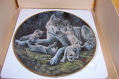 """Goebel 1987 """"The Wolf"""" North American Wildlife Series Collection Plate w/Box New"""