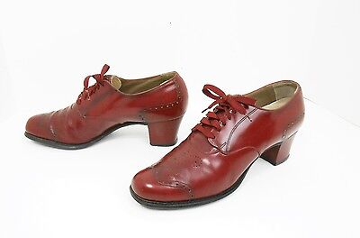 Vintage 1940's Red Leather Wing-Tip Lace Up Swing Oxfords Shoes Size 8 AA