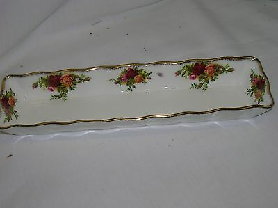 Lovely Royal Albert Old Country Roses 8.5 inch long pen tray
