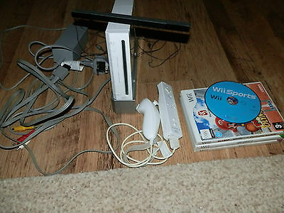 nintendo wii console bundle with 4 games