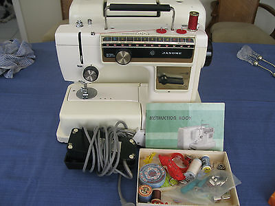 Janome Compact Sewing Machine, Good Working Cond. Manual, Accessories,