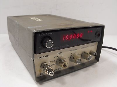 HP Hewlett Packard 5300A Measuring System 5301A 10 MHz Counter (Powers On)