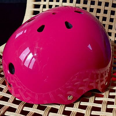 Wipeout helmet hot pink 5+ fits 49-52 cm (new, without pens)