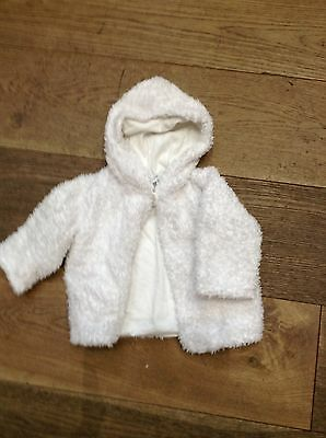 Little white company top, jacket, coat 0-6 months