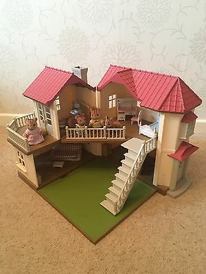 Furnished Sylvanian Families Beechwood Hall with Squirrel family