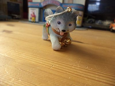 hershey christmas puppy huskey really nice old item  please see pictures