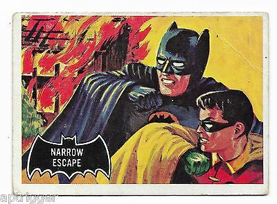 1966 Topps BATMAN Black Bat (21) Narrow Escape