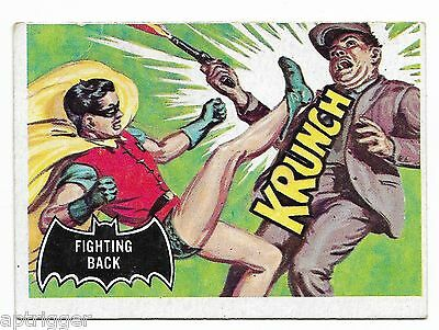 1966 Topps BATMAN Black Bat (30) Fighting Back