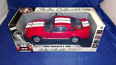 1/18 Shelby 2007 Ford Gt500 Cobra Red White Stripe Die-Cast Car Mib Mustang 40th