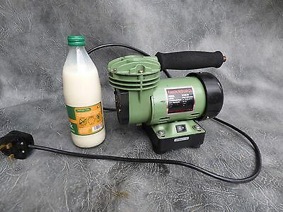 A Good Quality Paasche Airbrush Compressor Model D100-50