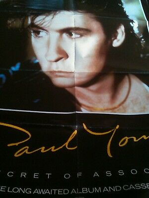 Lot de 5 Posters Paul young ,mickael jackson,aliens.....