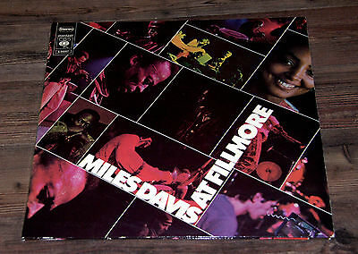LP - Miles Davis at Fillmore - 1970 - S 66257 - Jazz