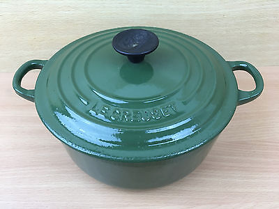 Le Creuset Classic Racing Green Cast Iron Casserole Pan/Dish & Lid -  Size/No 20