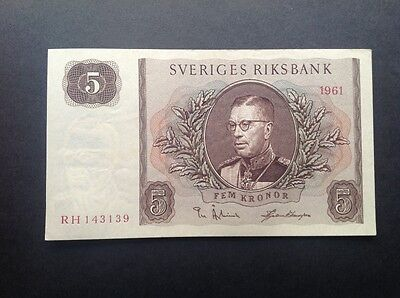 Sweden uncirculated banknote for 5 Kronor dated 1961.