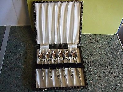 Boxed Set Of Six Apostle Spoons In Excellent As-New Condition