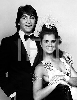 8x10 Print Scott Baio Brooke Shields #2363